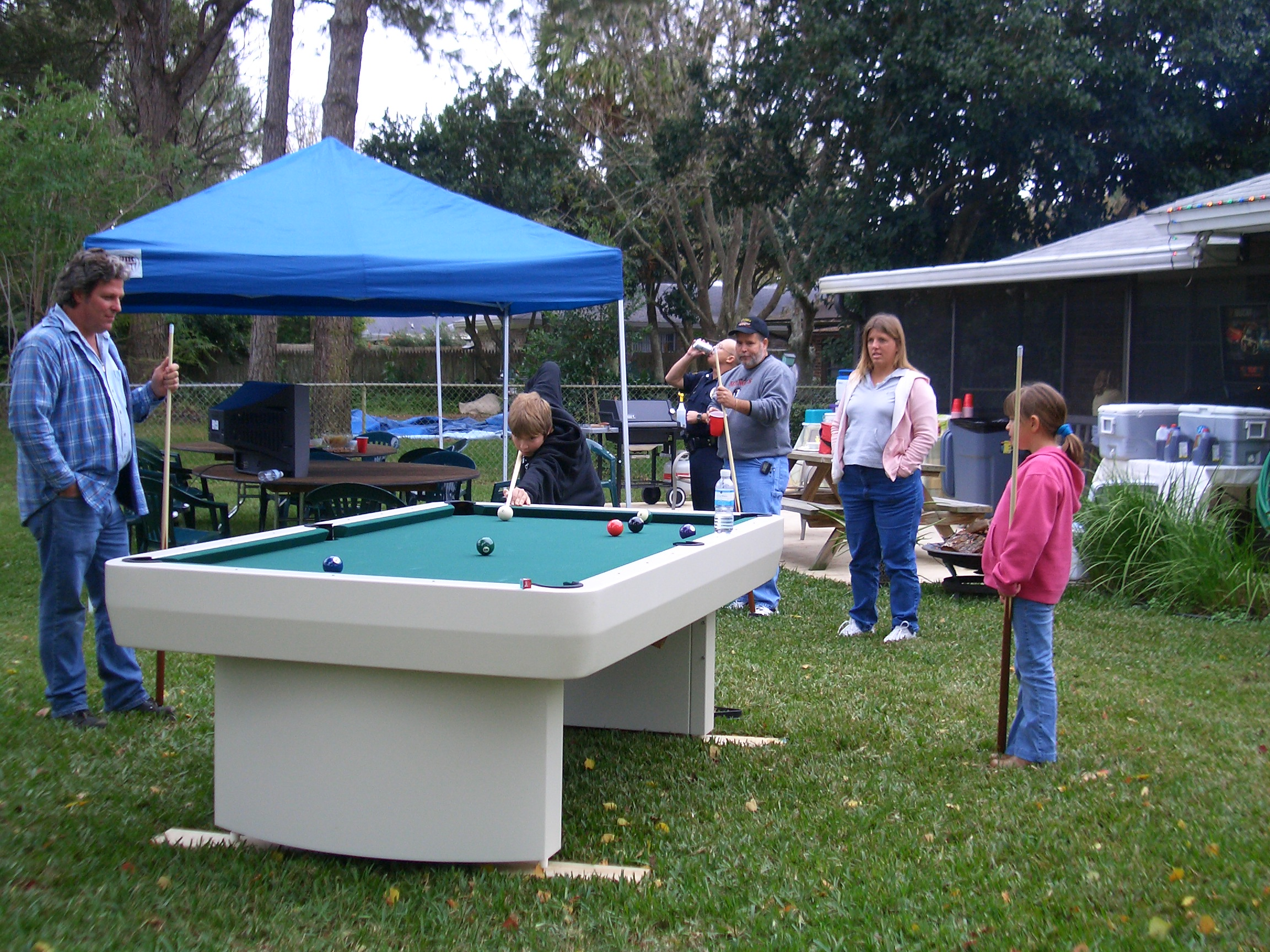Outdoor pool table for Outdoor pool